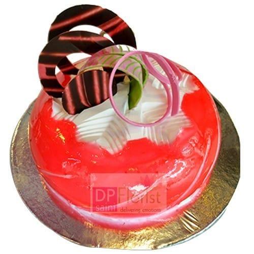 Eggless Strawberry Kiwi Cake